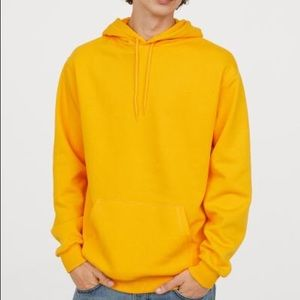 H&M Hooded Sweatshirt - Yellow✅